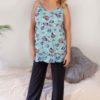 Blå pyjamastopp med fjärilar