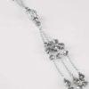 Halsband med tofs och pärlor