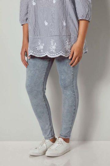 Syratvättade jeans